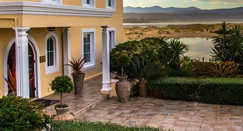 12 DAY GARDEN ROUTE SAFARI PACKAGE PLETTENBERG BAY – MILKWOOD MANOR